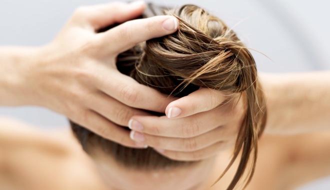 После мытья головы сильно выпадают волосы