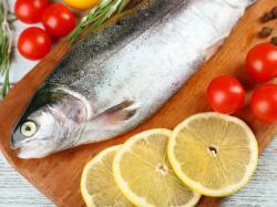 какую рыбу можно кормящим мамам