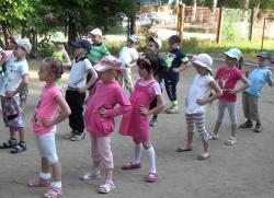 веселая зарядка для детского сада