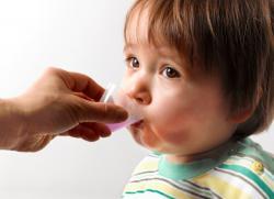 у ребенка сухой кашель не проходит