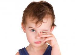 У ребенка на глазу ячмень что делать