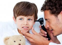 ребенок говорит в нос