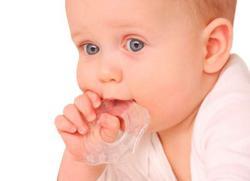 у ребенка режутся зубы симптомы