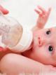 Ребенок не берет бутылочку